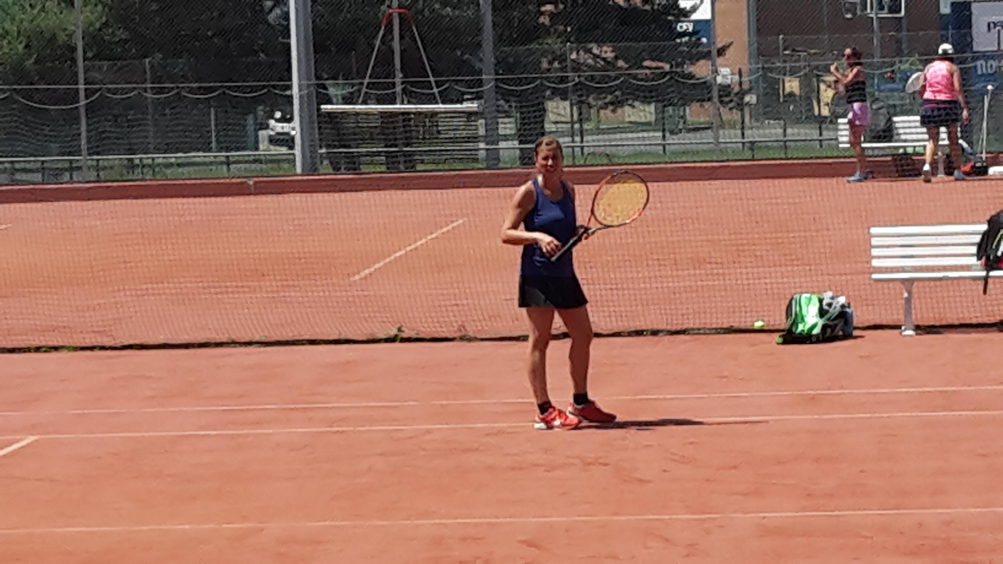 Photos tennis club veyrier grand donzel for Cours de tennis en ligne
